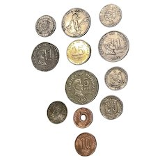 Coins from around the world./ Philippines