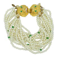 Gorgeous Cadoro Pearl & Green Bead Bracelet with Lions Heads