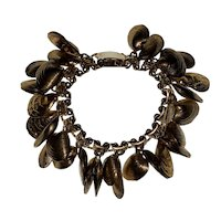 Napier Gold Tone Oyster Clam Shell Charm Bracelet Book Piece C.1960