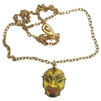 Coro Asian Face Necklace