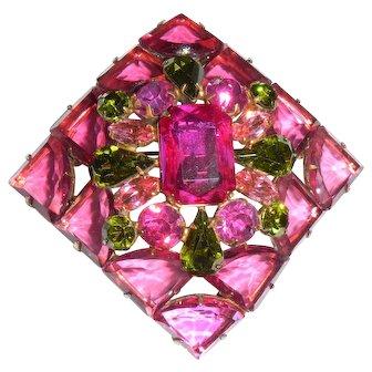 Regency Fuchsia Pinks Pin