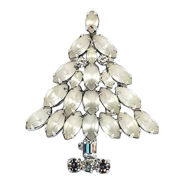 Napier Frosted Christmas Tree Pin Book Piece