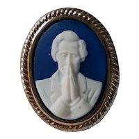 Rare Praying Abraham Lincoln Blue & White Cameo Pin