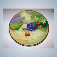 """Attractive Bavaria Vintage Hand Painted 1900's """"Peaches, Grapes, & Strawberries"""" 8-5/8"""" Fruit Plate by Pickard Artist """"Beutlich"""""""