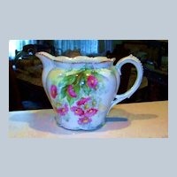"""Beautiful RS Prussia 1900's """"Red & White Daisies"""" 6-1/4"""" Cider Pitcher"""