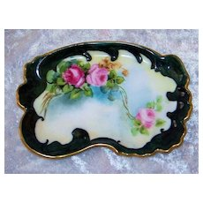 """Beautiful T & V Limoges 1900's Hand Painted """"Red & Pink Roses"""" 5-1/4"""" Fancy Scallop Pin Tray by Artist, """"Snyder"""""""