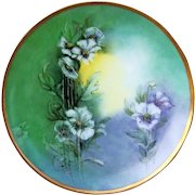 """Attractive Thomas Sevres Bavaria 1912 Hand Painted """"Wild White Flowers"""" 9"""" Plate by the Artist, """"E.M.B."""""""