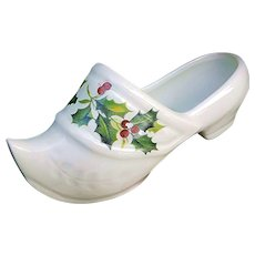 """Beautiful Limoges France """"Christmas Holly & Berry"""" Floral Miniature Shoe"""