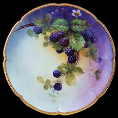 "Outstanding William Guerin Limoges France 1900's Hand Painted ""Blackberry"" 9-1/8"" Scallop Plate by Artist, ""E. Heimerdinger"""