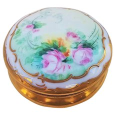"""Gorgeous AKD France & Pickard Studio of Chicago 1900's Hand Painted """"Pink Roses"""" & Heavy Gold Floral Dresser Box, Artist Signed"""