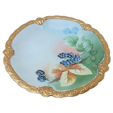 "Stunning Vintage Limoges France 1900's Hand Painted ""Blackberry"" 8-5/8"" Rococo Style Fruit Decor Plate With Fancy Intricate Gold Border"