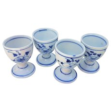 """Outstanding Germany Vintage 1900's Hand Painted """"Blue Onion"""" Set of 4 Egg Holders"""
