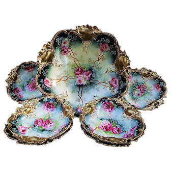 """Fabulous RS Prussia 1900's Hand Painted Vibrant """"Deep Red & White Roses"""" & Heavy Gold 7-Pc Floral Bowl & Berry Set"""