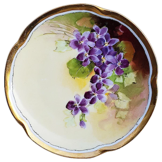 "Exceptional JC Bavaria & Julius Brauer Studio of Chicago 1905 Hand Painted ""Violets"" Floral Plate by ""Julius Brauer"""
