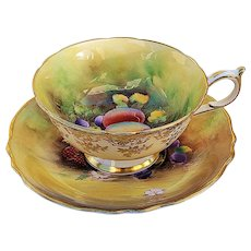 "Exquisite Paragon Vintage 1930's Hand Painted ""Strawberries, Peaches, & Plums"" Fruit Decor Tea Cup & Saucer by Artist, ""F.D. Hall"""