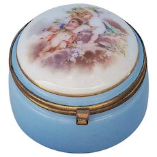 "Captivating Vintage Bavaria 1900's ""Two Putti's Relaxing"" Scenic Dresser Box"