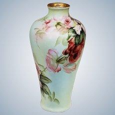 """Stunning """"Ester Miler"""" Bavaria 1900's Hand Painted """"Red & Pink Roses"""" 9"""" Floral Vase"""