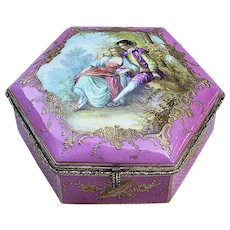 "Exquisite France Chateau De Longpre 1850's Hand Painted ""Romantic Couple"" 6-Sided 7"" Dresser Box Casket by French Artist, ""Lefranc"""