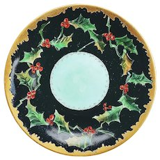 """Gorgeous Vintage Jean Pouyat Limoges France 1900 Hand Painted Christmas """"Holly & Berry"""" Scenic 8-1/2"""" Plate"""