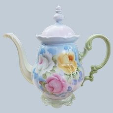 """Stunning Hutschenreuther Selb Bavaria 1900's Hand Painted """"Pink, Yellow, & White Roses"""" 10-1/2"""" Floral Tea Pot"""