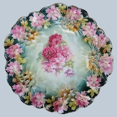 """Stunning Vintage RS Prussia 1900 """"Red & Pink Carnations"""" Sunflower Mold  Scallop Floral Dessert Plate"""