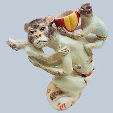 """Outstanding Vintage Meissen Pre: 1850-70 Hand Painted """"Mother Monkey Carrying 2 Infants"""" 3-7/8"""" Figurine"""