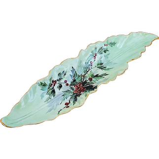 """Spectacular 15-1/4"""" Limoges France 1900 Hand Painted """"Holly & Berry"""" Scenic Leaf Decor Floral Tray"""