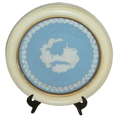 Vintage Wedgwood Jasperware Christmas Plate 1969 Windsor Castle First Issue with Wood Frame
