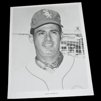 Chicago White Sox 1970 Louie Aparicio Original Press Photograph MLB 8 X 10 BW