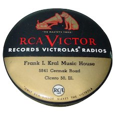 Vintage RCA Victor Celluloid Record Cleaning Brush Advertising Kral Music House Duster Pad