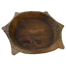 Old wooden carved bowl of uncertain origin, possibly American folk art, or African