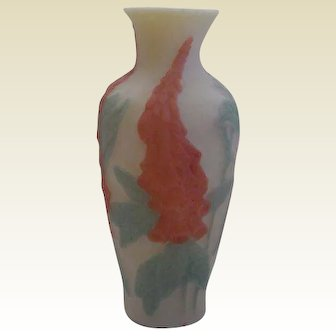 Consolidated Lamp & Glass Foxglove Vase