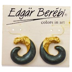 1980's Edgar Berebi Signed Etruscan Earrings on Original Presentation Card