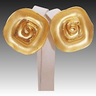 Runway Design Norma Jean Matte & Polished Bold 1980's Earrings