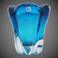 Whitefriars Mid-Century Modern Lobed Cased Kingfisher Blue Glass Vase by William Wilson