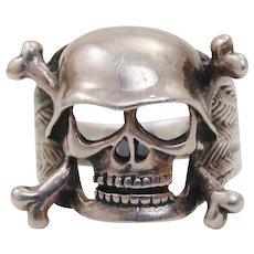 Vintage Mens ~ Gentlemans Heavy Solid Sterling Silver Skull Cross-bone Helmet Ring ~ Gothic Biker Rocker Size 12