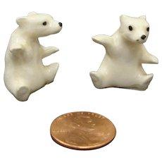 Hagen Renaker California Pottery Retired Sitting Polar Bear Cubs