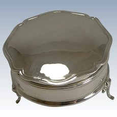 English Sterling Silver Jewelry or Ring Box by William Hutton - 1930