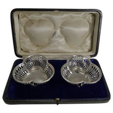 Pair Cased English Sterling Silver baskets - 1910