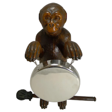 Magnificent Carved Black Forest Monkey Gong c.1890