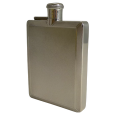 Smart English Art Deco Sterling Silver Hip Flask by Mappin and Webb