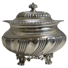 Stunning Antique English Sterling Silver Tea Caddy - London 1909