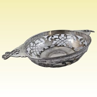 Large reticulated English sterling bowl by Martin, Hall & Co. c. 1908
