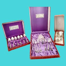 Unusual set of Indonesian Yogya 800 silver dessert forks and spoons