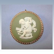 VINTAGE Wedgwood Brooch packaged by Van Dell 12K Gold-filled