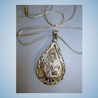 VINTAGE Indian-made Sterling Pendant Soaring Eagle