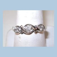 VINTAGE Three Diamond 10K White Gold Ring Size 7 3/4