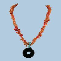 VINTAGE Snub-nose Natural Coral Necklace with Onyx Pendant  Not-dyed  16 inch with 1 Inch Pendant