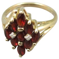 VINTAGE  10K Garnet Ring and 2 Diamonds  Size  6