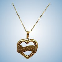 VINTAGE 14k Heart with Mom and 14k Chain  18 inches